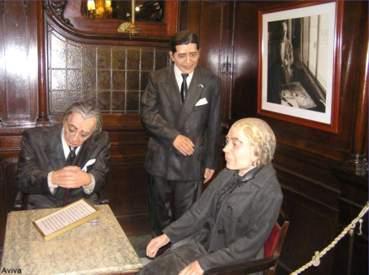 Statue di cera nel Cafè Tortoni - Buenos Aires