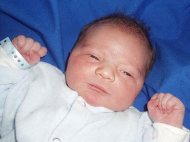 Il piccolo Michele Lorenzo Congiustì nato il 29 maggio 2007 a Winterthur